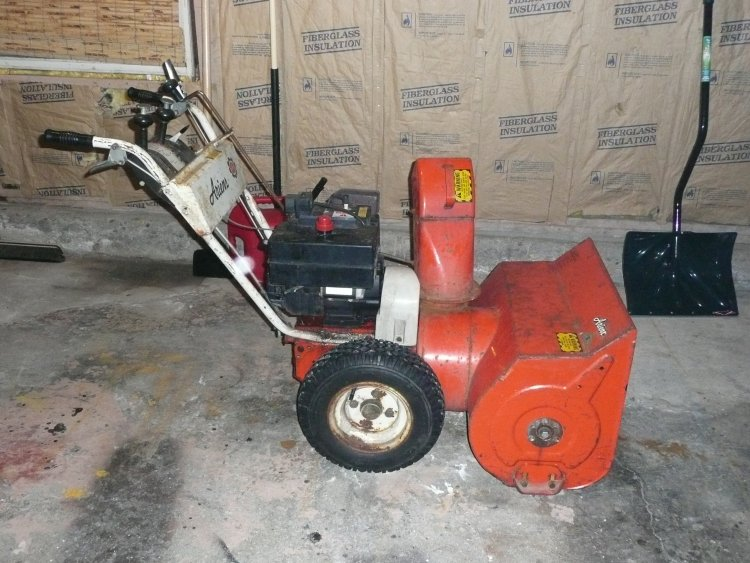 old craftsman snowblower manual product user guide instruction u2022 rh testdpc co Tecumseh Snow King LH195SA LH195SP Key By Starting a Tecumseh Snow King Snowblower