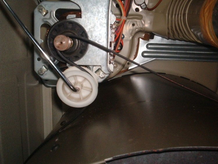 Clothes Dryers: Clothes Dryer Belt Replacement