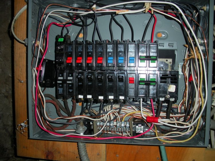 can this bryant bus bar be separated to wire for subpanel neutral wires busbar DC Bus Bar Systems