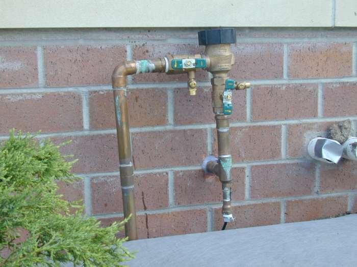 pressure regulator for sprinkler. Black Bedroom Furniture Sets. Home Design Ideas