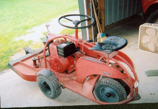 Vintage Toro Riding Lawn Mower - Yesterdays Tractors